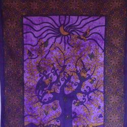 Obrus - zasłona - okno - fiolet