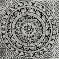 Obrus - mandala z terakotą - czerń
