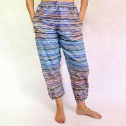Spodnie bawełniane z cienkiej bawełny z kieszeniami - błękity z granatem
