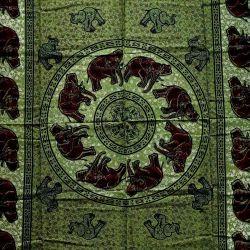 Obrus - zielone słonie