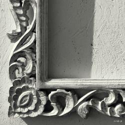 Rama drewniana - białe zarośla - posrebrzane