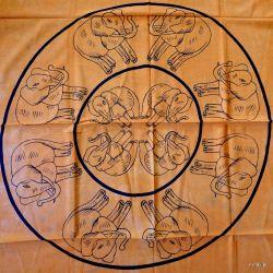 Obrus -  żółte słoniki