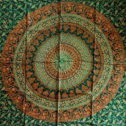 Obrus -  zielona karawana